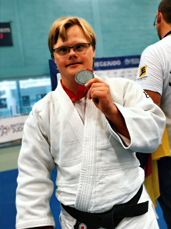 Victor Gdowczok  - Silbermedaille 1. Judo Europameisterschaft  ID-Judo LONDON